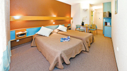 Two-person room in your Serre du villard club***